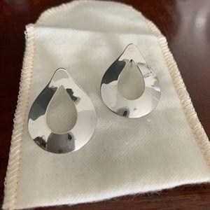 c346c606f James Avery. RETIRED James Avery Silver Teardrop Earrings